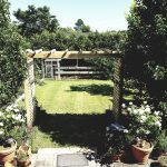 diy-garden-arbours-planter-boxes-2